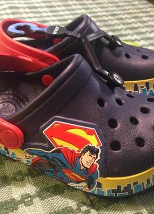 Новенькі оригінальні crocs, розмір с 6-7