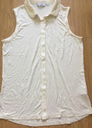 Блуза с кружевным воротничком