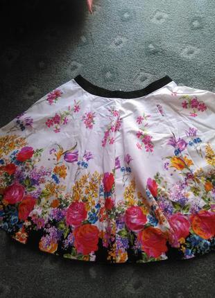 Шикарная котоновая юбочка в цветы