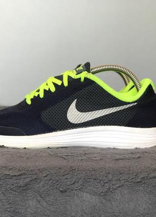 Спортивные кроссовки nike revolution 3 размер 38,5 кросовки найк оригинал