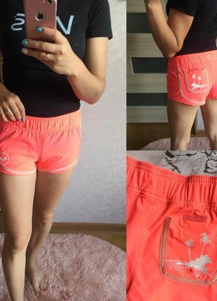 Яркие оранжевые спортивные шорты roxy размер: xs
