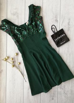 Очень красивое и модное платье размер м-l