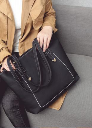 Большая черная очень вместительная сумка из pu-кожи!