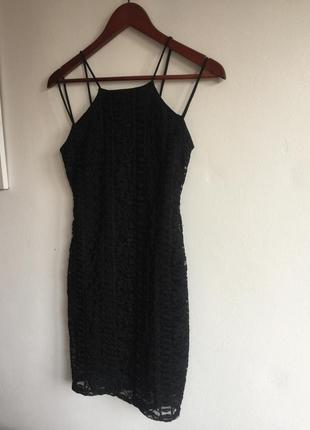 Нежное платья с кружевом от missguided