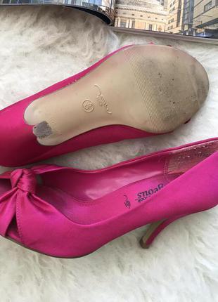 Атласные туфли3 фото