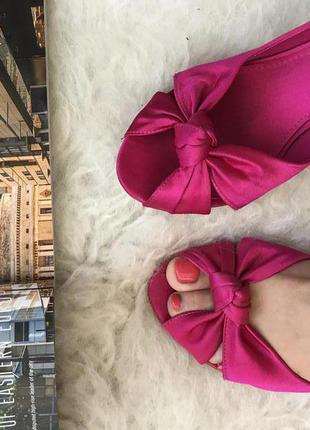 Атласные туфли4 фото