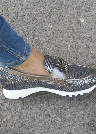 Лоферы туфли мокасины