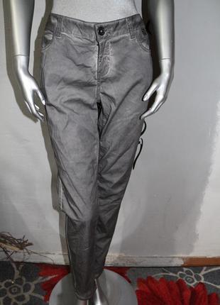 Серые штаны брюки street one