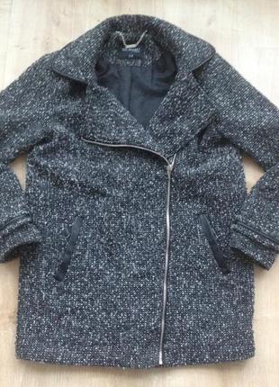 Демисезонное пальто top secret