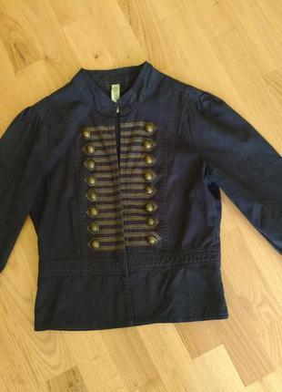 Укороченный джинсовый жакет пиджак