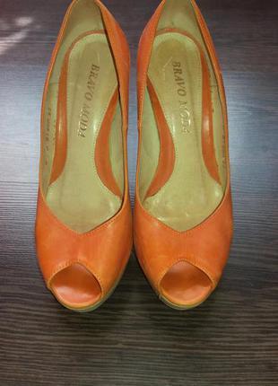 Летние туфли натуральная кожа на деревянном каблуке