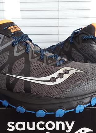 Saucony оригинал новые кроссовки  размер  42 ( по стельке 27 см)