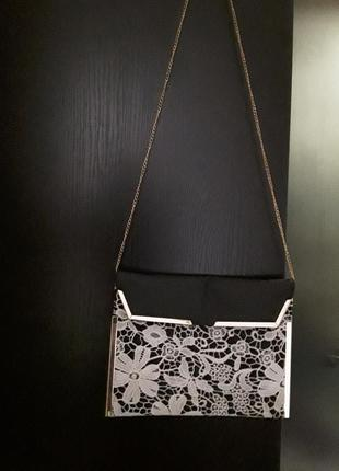 Распродажа! красивпя удобная сумочка с кружевом new look