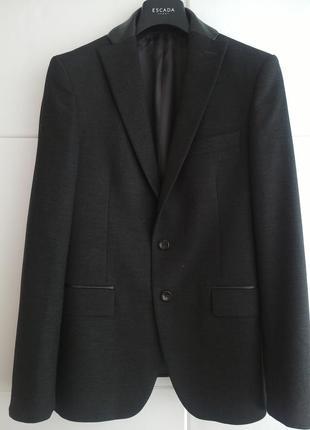 Шикарный мужской пиджака zara