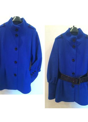 Яркое демисезонное пальто stella polare made in italy