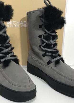 Серые ботинки michael kors