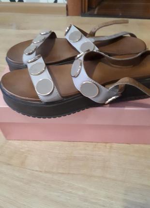 Кожаные сандалии 2019 - купить недорого вещи в интернет-магазине ... 4c0c5650b15