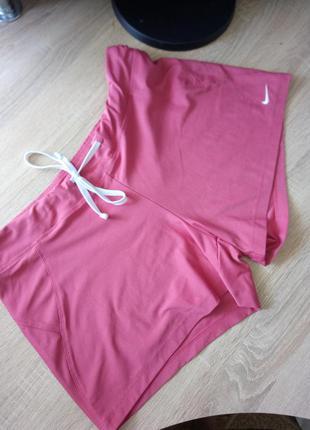 Оригинальные шорты nike