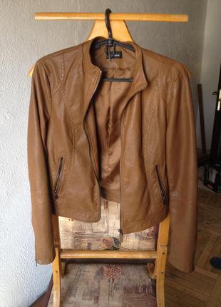 Куртка коричневая кожзам (вискоза)