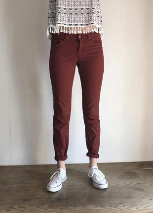 Коричневые джинсы от h&m