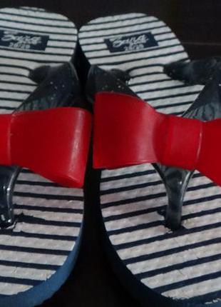 Супер шлепанцы,кроксы, сандали zara