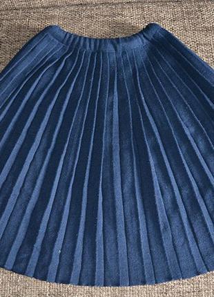 Спідниця темно-синя у складки, на осінь-зиму