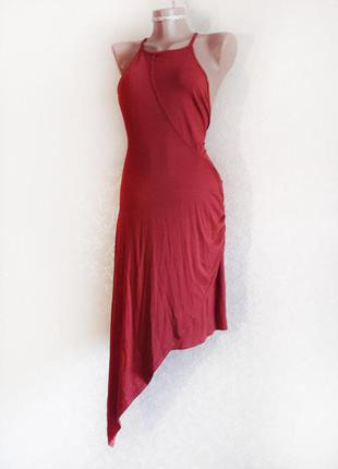 Стильное терракотовое асимметричное платье