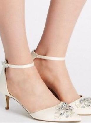Туфли на низком каблуке marks & spencer