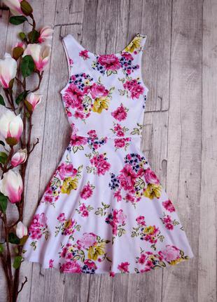 Красивое платье h&m цветочный принт