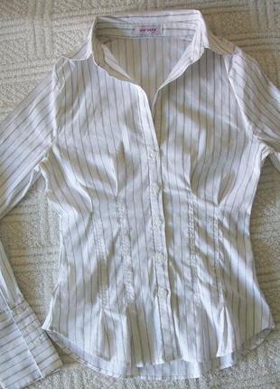 Очень красивая рубашка с серебристой нитью, размер xs-s