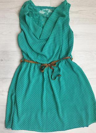 Шифоновое платье в мелкий горошек