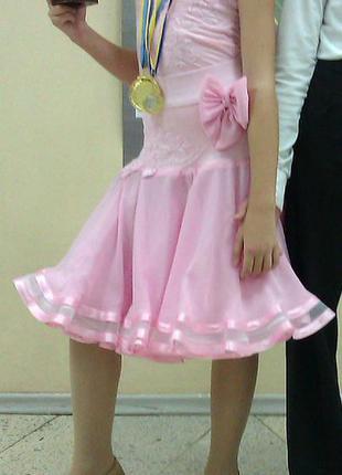 Платье рейтинговое для бальных танцев (бейсик)