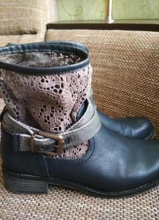 Классные ботинки демисезонные graceland