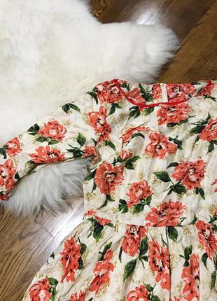 Платье шёлк/ миди/ нарядное / на выпускной /цветочный принт/ бежевое / цветы/ летнее