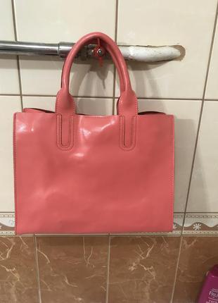 Кожаная сумка сумка кожаная  коралловый цвет