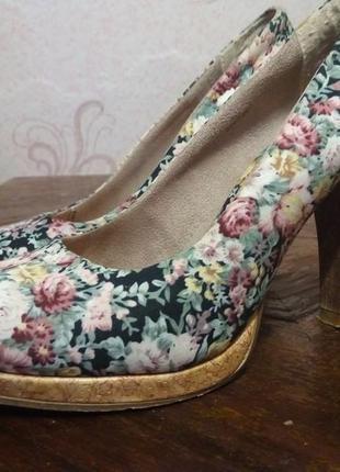 Цветастые туфельки