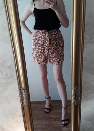 Стильные шорты в цветы f&f р 8