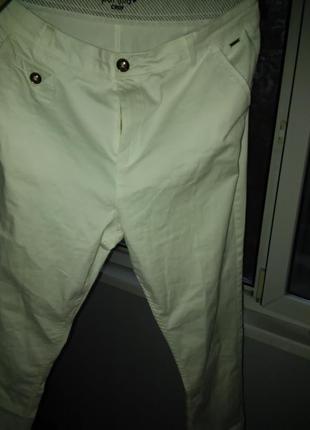 Брендовые хлопковые штаны отличного качества с фурнитурой под золото на 52-54 р.