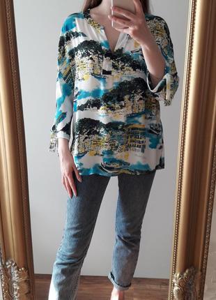 Блуза с красивым принтом р 14
