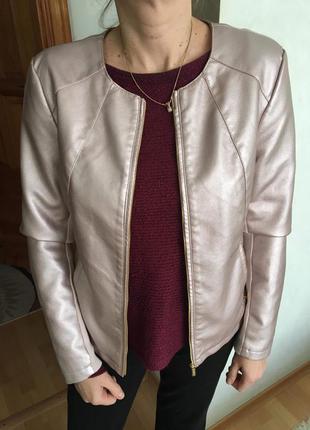 Модная кожаная куртка calvin klein