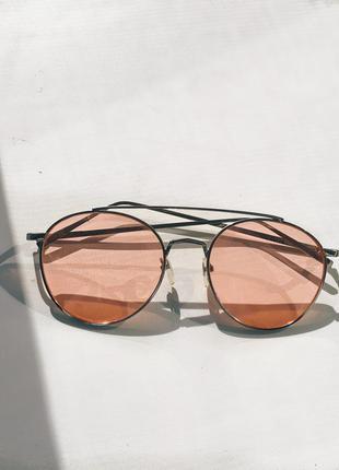 Новые розовые очки