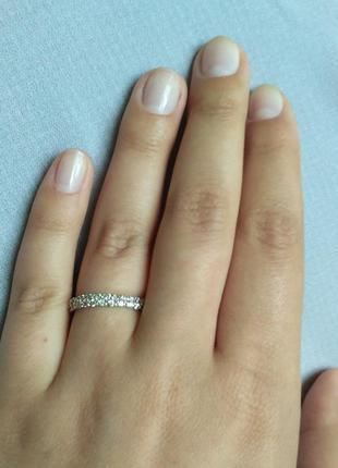 Скидка серебряное кольцо усыпано циркониевыми камнями