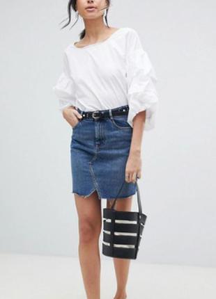 Нереальная синяя выбеленная джинсовая мини‑юбка asos