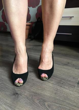 Туфли на каблуке welfare