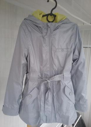 Демисезонная куртка/плащ на девочку coccodrillo
