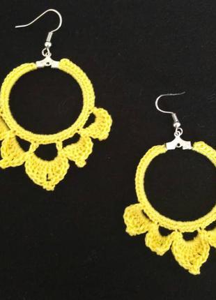 Яркие жёлтые серьги