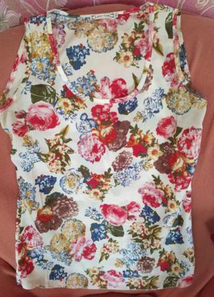 Шифоновая майка-блузка с цветочным принтом