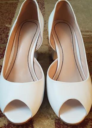Кожаные свадебные открытые туфли.2 фото