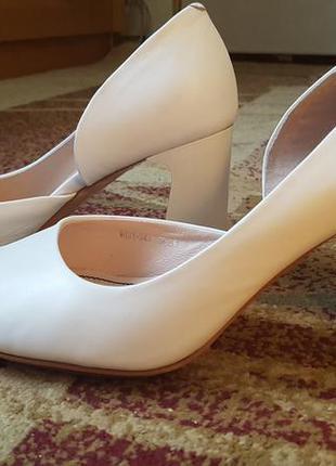 Кожаные свадебные открытые туфли.3 фото