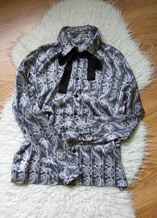 Шелковая блузка в бельевом стиле
